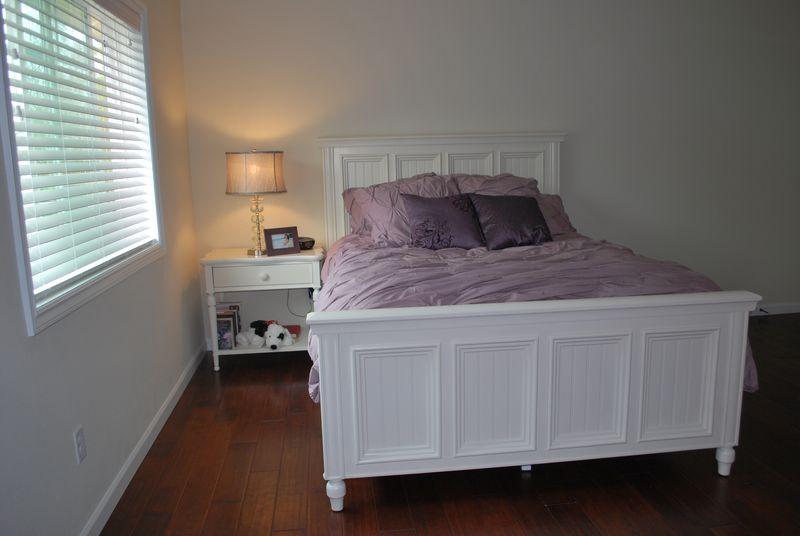 Lindsey's bedroom